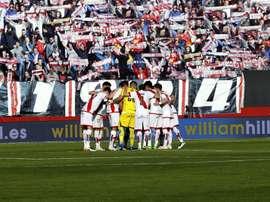 El Rayo Vallecano ha certificado su descenso a la Segunda División pese a la victoria. EFE