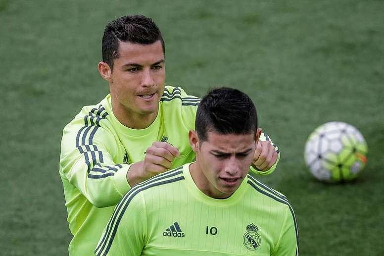 Cristiano querría volver a tener a James en su equipo. EFE
