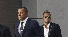 Jordi Farré teria falado com o pai de Neymar. EFE