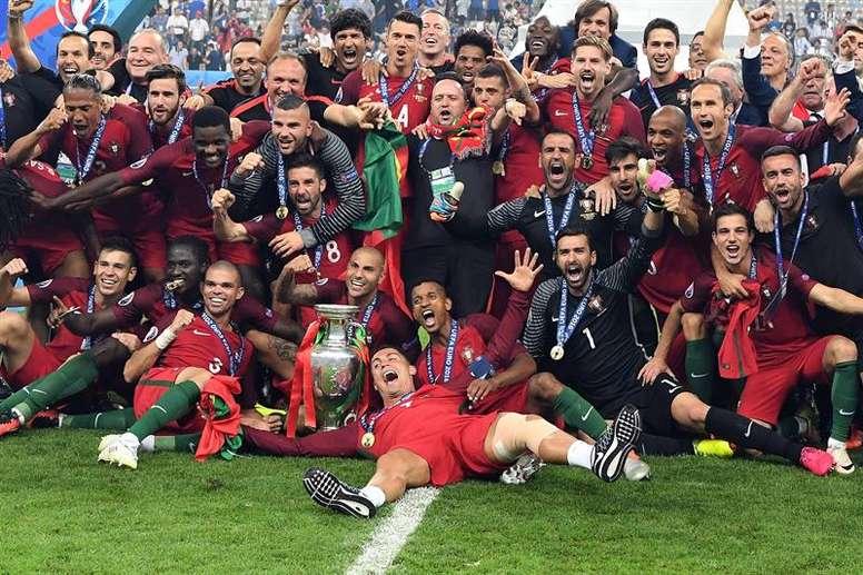 Se subastará el balón de la Eurocopa 2016 con fines solidarios ... ae033951a2dbc