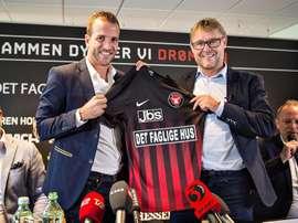 Van der Vaart firmó por el equipo danés el año pasado. EFE