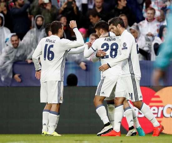 Célébration du premier but d'Asensio. EFE