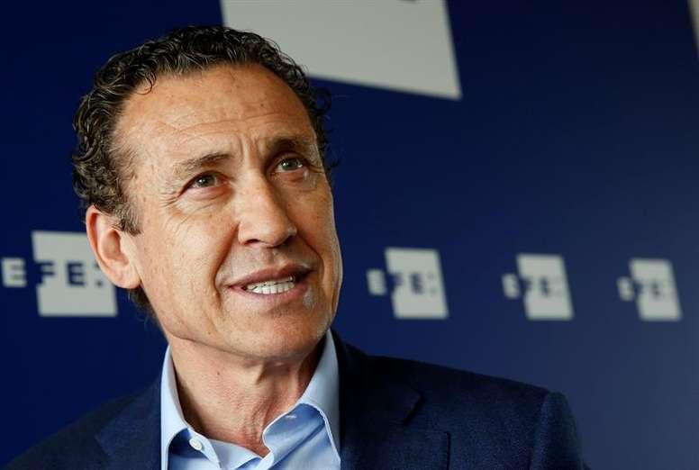 Valdano analizó la trascendental cita que le espera al Real Madrid ante el PSG. EFE/Archivo