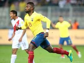 El defensa ecuatoriano habló de la temporada de Morelia. EFE