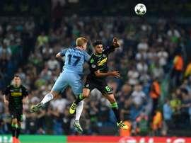 Mahmoud Dahoud se ha comprometido finalmente con el Borussia Dortmund. EFE