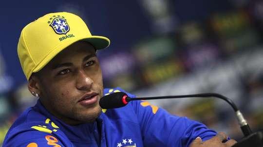Neymar comparó su papel en Brasil y en el PSG. EFE/Archivo