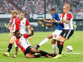 El jugador del Feyenoord amplia el contrato con el club hasta junio de 2019. EFE/Archivo