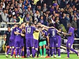 Los jugadores del Fiorentina celebran el 1-0 durante el partido de la Serie A que han jugado AC Fiorentina y AS Roma en el Artemio Franchi stadium en Florencia Italia. EFE/EPA