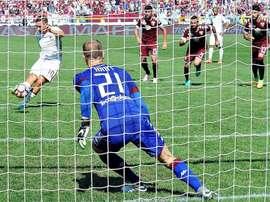 Totti fue uno de los jugadores que falló un penalti de este tipo con la Roma. EFE/Archivo
