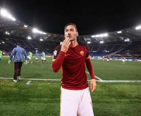 'Il Capitano' anotó el gol decisivo en el último minuto. EFE
