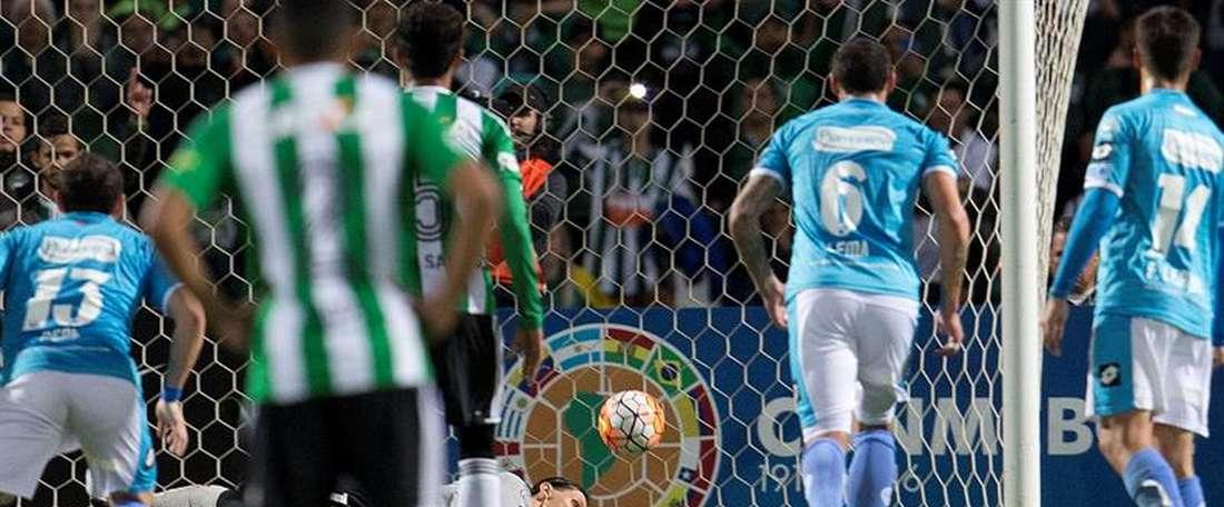 Coritiba pagó a Belgrano con la misma moneda, ganando 1-2 a domicilio en octavos. EFE
