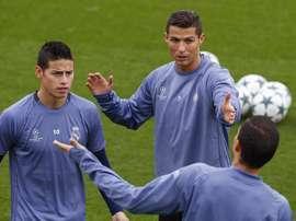 Cristiano Ronaldo veut James à Turin. EFE
