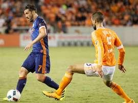 El jugador español abandonará la MLS. EFE
