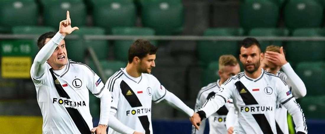 El Legia de Varsovia se hace con los servicios de Hildeberto Pereira. EFE