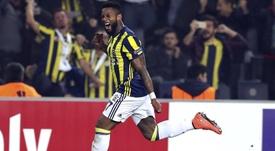 Lens anotó el tercer y definitivo tanto del Fenerbahçe al Trabzonspor. EFE/Archivo