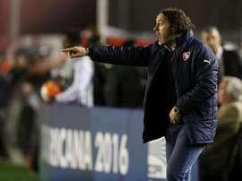 Gabriel Milito trabajó junto a Bersce al frente de Independiente. EFE