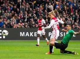El Ajax continúa la estela del Feyenoord gracias a Dolberg. EFE/EPA