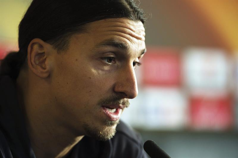 Zlatan Ibrahimovic rompe contrato con el Manchester United