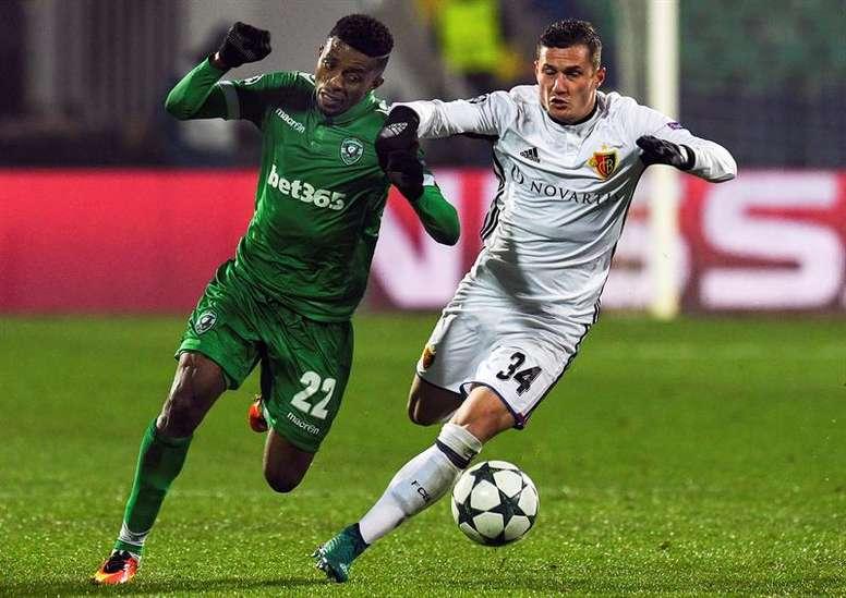 Foi nos encontros da Champions League que o atacante despertou atenções. EFE