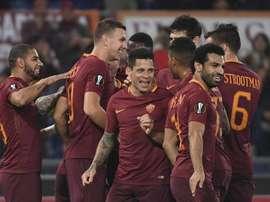 Les joueurs de la Roma célèbrent un but en Serie A. EFE