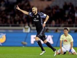 Benzema fez o 0-1 com o tempo da primeira metade acabado. EFE