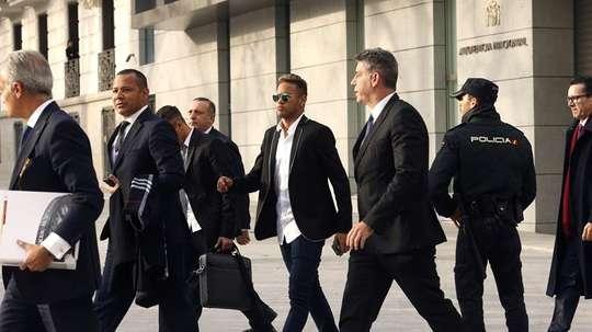 Neymar pai desmente os rumores. EFE/Archivo