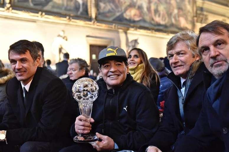 Maldini racconta un aneddoto su Maradona. EFE