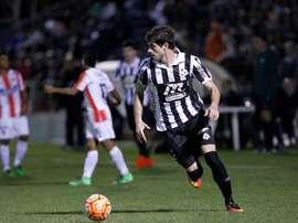 En la imagen, el jugador del Wanderers uruguayo Gastón Bueno. EFE/Archivo