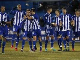 Les joueurs du Deportivo Alavés célèbrent un but lors du match de Coupe du Roi contre Alconcon. EFE