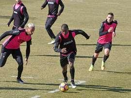 El Granada empezó a preparar el partido ante el Almería. EFE