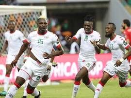 La Copa África vivirá las semifinales entre Burkina Faso, Egipto, Ghana y Camerún. EFE