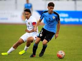 Santiago Bueno se incorporará al Barcelona tras su paso por el Sudamericano Sub 20. EFE/Archivo