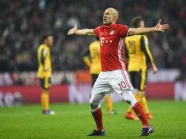 Bayern derrota o Borussia por quatro bolas a uma. EFE