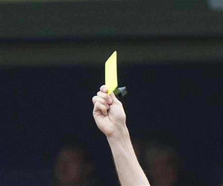 Los árbitros de Castellón incluirán en las actas los insultos que reciban. EFE/Archivo