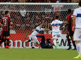 El conjunto chileno iba perdiendo 2-0 en el mintuo 85. EFE