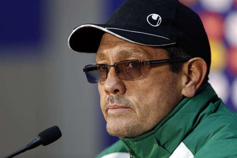 El técnico boliviano sorprendió con la lista de convocados. EFE/Archivo