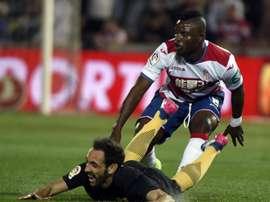 Wakaso sous le maillot de Grenade face à l'Atlético Madrid. EFE