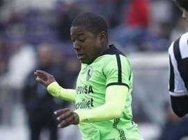 Zamora alza el título y jugará la Libertadores. EFE