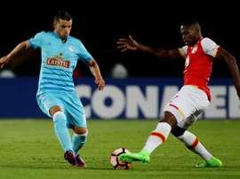 Gabriel Costa quiere convencer a Gareca. EFE