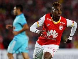 Johan Arango anotó el primer gol local. EFE