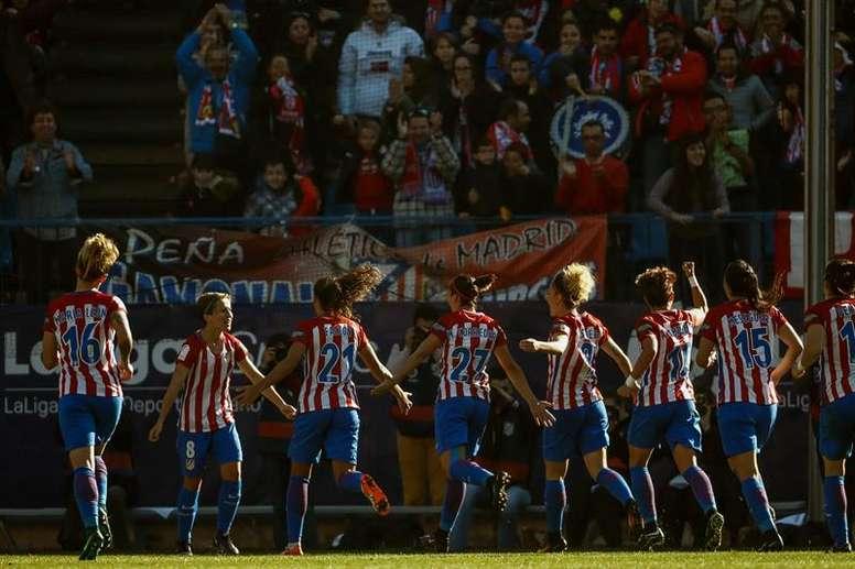 Las chicas del Atlético pudieron dejar el equipo en tablas a unos minutos del final. EFE