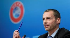A quarta substituição, por exemplo, será testada em várias provas da UEFA. EFE
