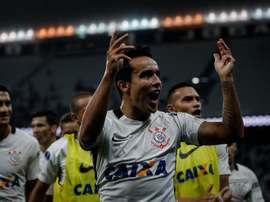 Corinthians sube hasta la primera plaza del campeonato brasileño. EFE