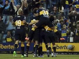 Jugadores de Boca celebran un gol ante Patronato. EFE/Archivo