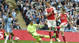 Rob Holding pictured during an FA Cup semi-final fixture. EFE
