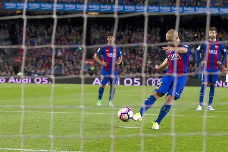 Mascherano está de saída do Barça. EFE