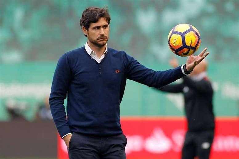 Víctor Sánchez del Amo habló sobre la llegada de Seedorf. EFE/Archivo