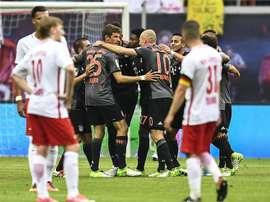 Alaba y Robben marcaron en el descuento. AFP