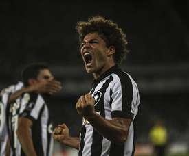 El club brasileño se llevó el triunfo ante Audax. EFE