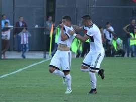 Olimpia ganó el 'clásico' a Cerro. EFE